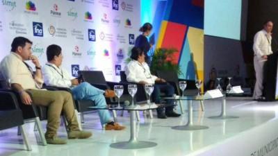 Fabio Ríos en panel
