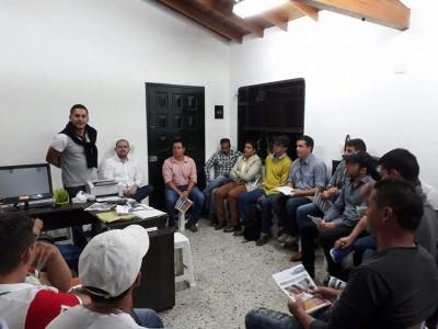 Reunión disidencia Santiago Ospina